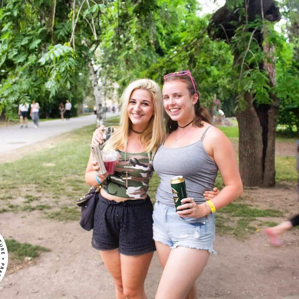 riverside party tours prague
