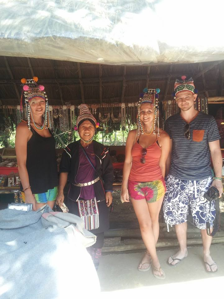 long-neck-hill-tribe-kayan