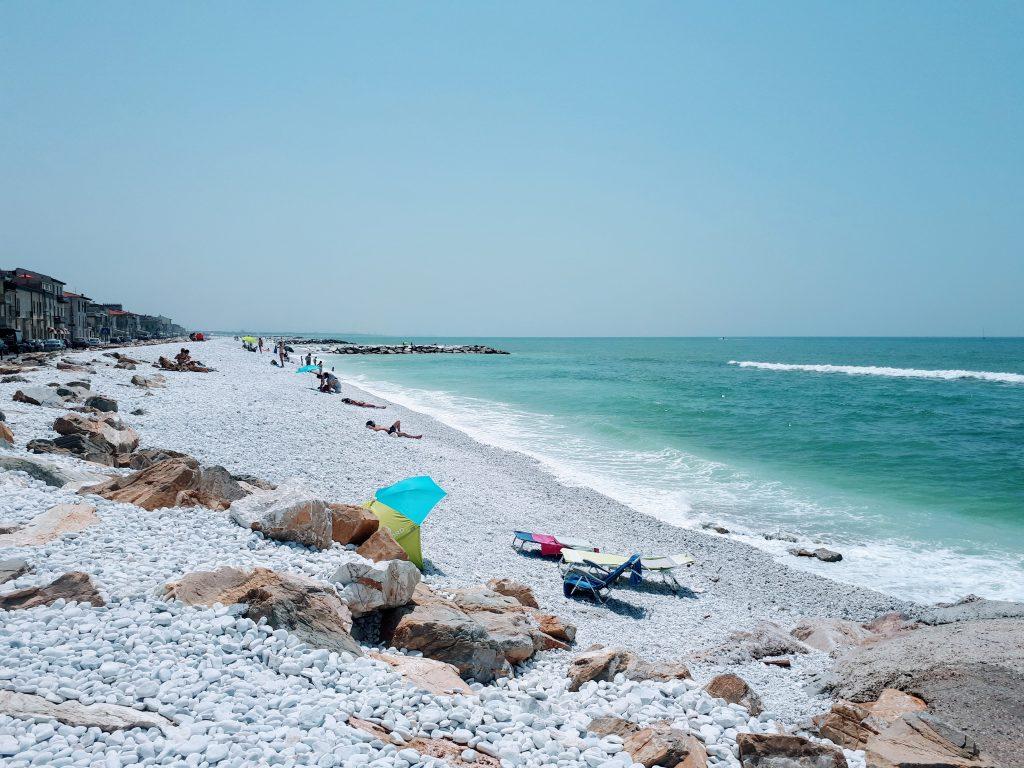 marina di pisa beach