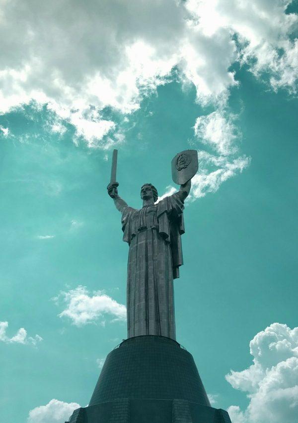 motherland statue kiev